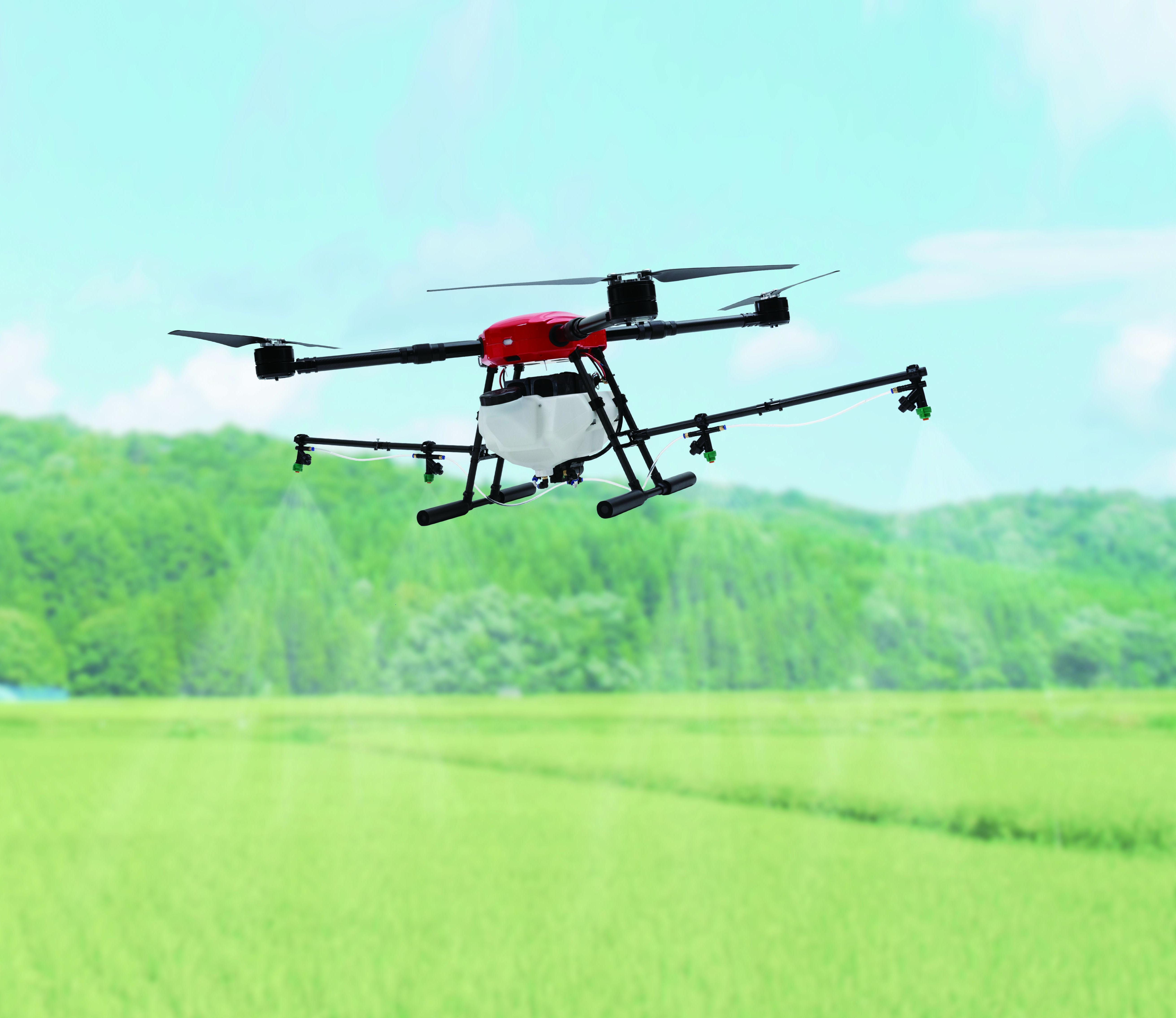 農業従事者の声を元に高性能かつ低価格を実現 日本製 農薬散布ドローン「FLIGHTS-AG」発売